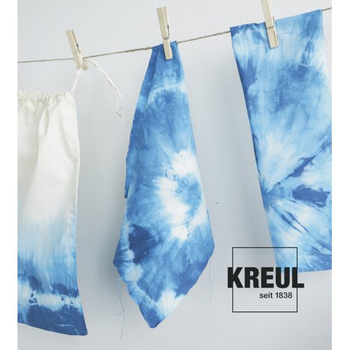 Batikovací barva JAVANA 70 g modrá - 985_KREUL_Javana_Batik-Textilfarbe_Tuecher_hoch_Logo.jpg
