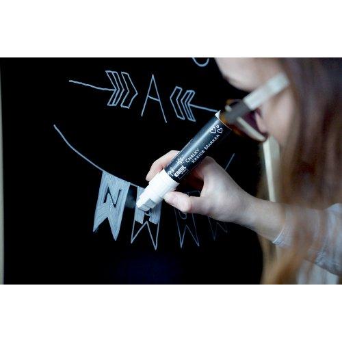 Křídový marker KREUL Medium tmavě levandulová - 22731_KREUL_KreidemarkerXXL_Bistrotafel_schreiben.jpg