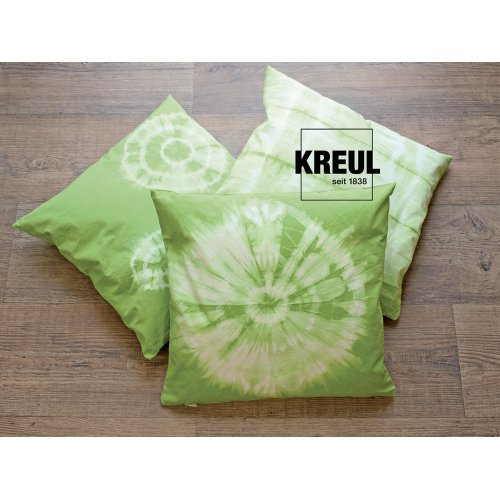 Batikovací barva JAVANA 70 g TMAVÁ ZELENÁ - 985_KREUL_Javana_Batik-Textilfarbe_Kissen.jpg