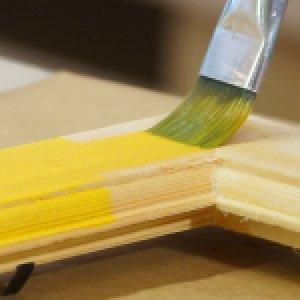 Lazurovací barvy na dřevo
